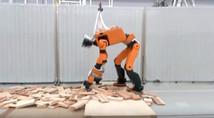 Робот-спасатель отHonda: пять «глаз» и33степени подвижности